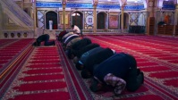 Beautiful Mosque Offer the Namaz YouTube Thumbnail template