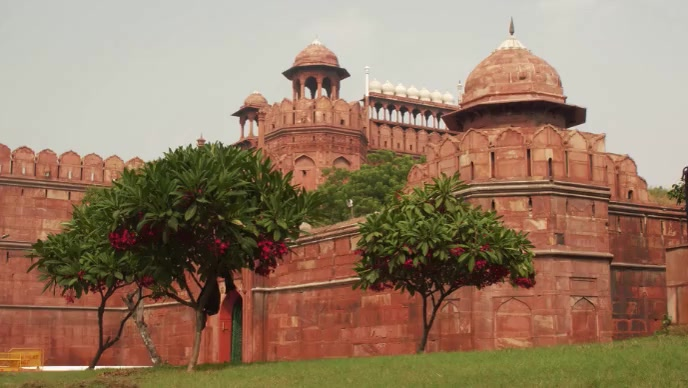 Beautiful Red fort india daytime drone view Gambar Mini YouTube template
