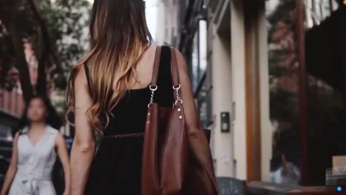 beautifull hand bag YouTube 缩略图 template
