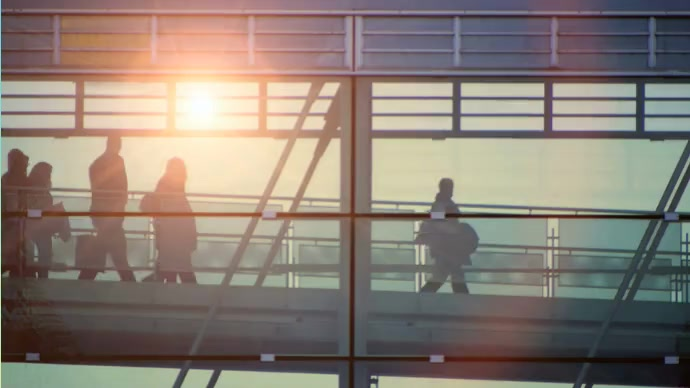 Going to office in the Morning Foto di copertina del canale YouTube template