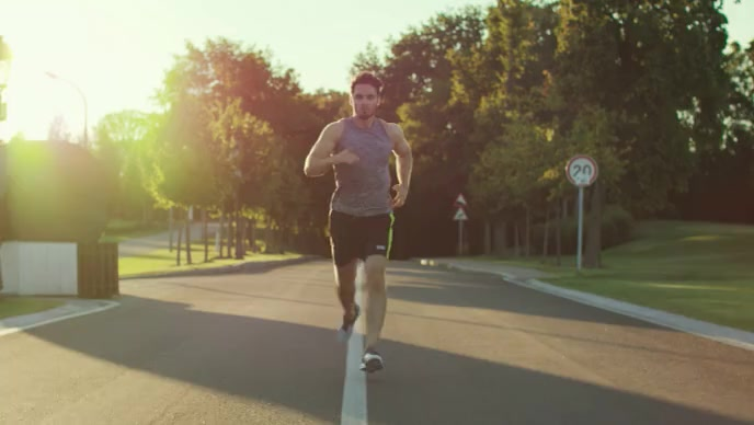 man running in the morning video YouTube 缩略图 template