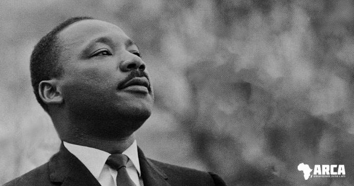 Martin Luther King MLK quote facebook video delt Facebook-billede template