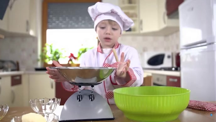 the child cooking food YouTube 缩略图 template